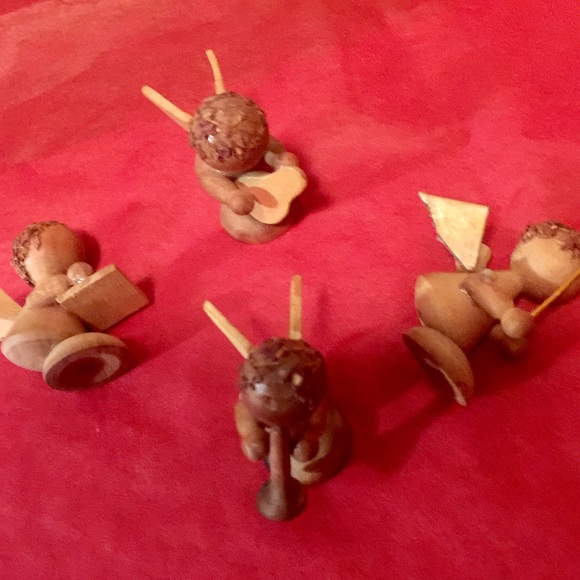 german Other - Rare wood angel holiday musicians in set of four